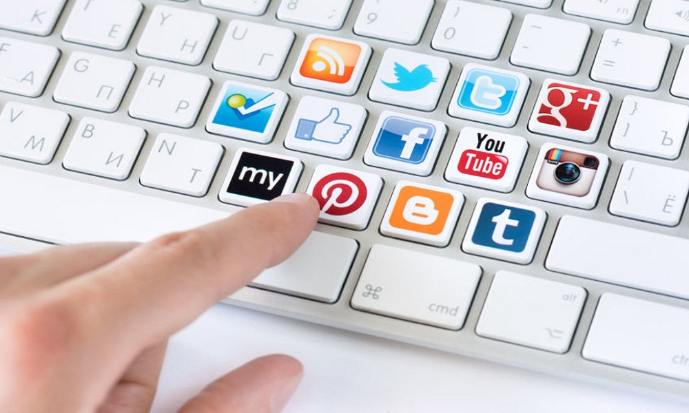 How Social Media Can Help and Hurt Your Job Prospects