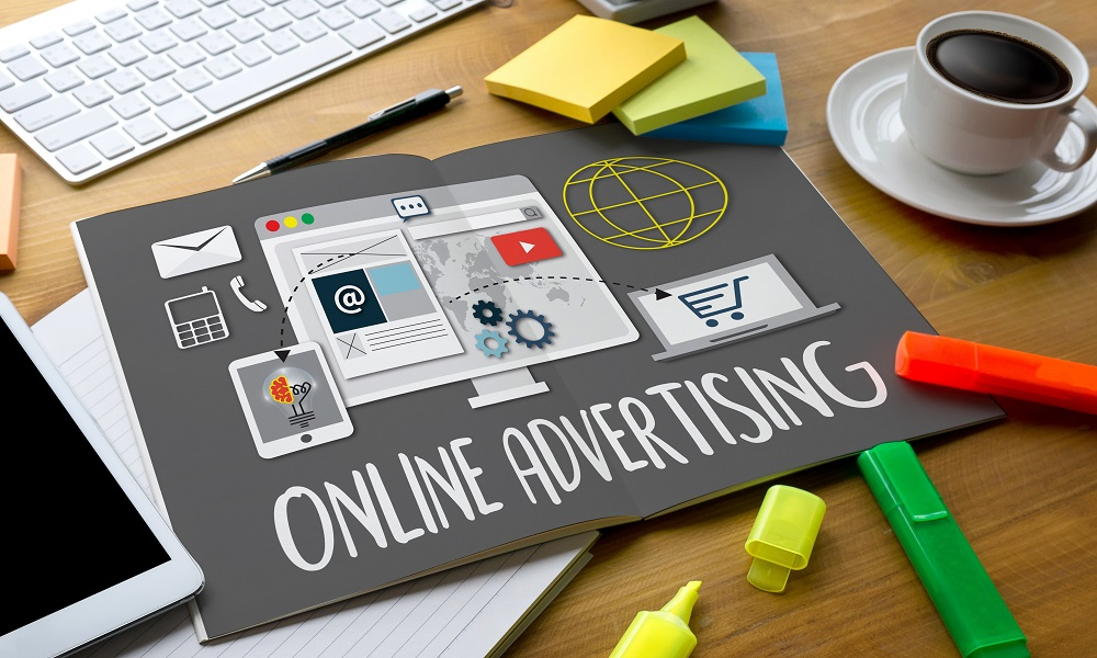Keeping It Simple: Online Advertising with Actionable Tips
