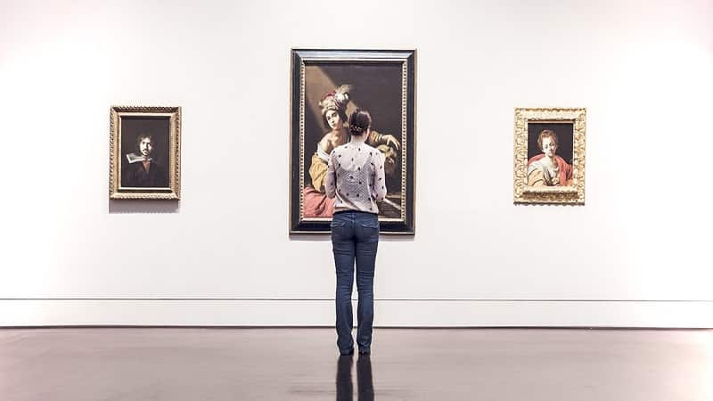 A Comprehend Guide For Your Online Art Gallery