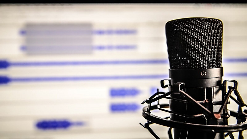 12 Marketing Podcasts That Will Uplift Your Business