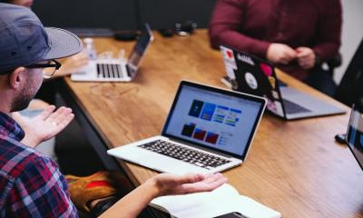Outsourcing-social-media-management